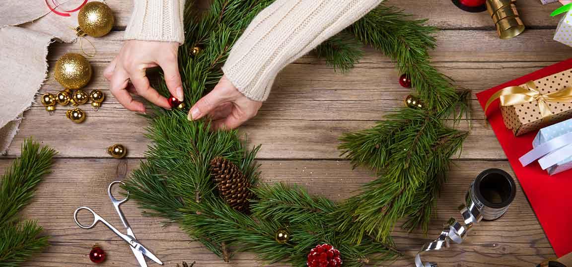 DIY craft christmas wreath